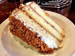 http://sprinklefest.blogspot.com/2012/09/the-lemon-crunch-cake-take-1.html LEMON CRUNCH CAKE