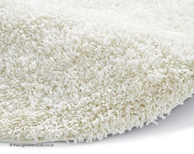 Vista Cream Circle Rug (texture close up), a soft synthetic shaggy rug with 50 mm pile (100% polypropylene, machine-woven, 133cm (4ft4' Circle)) http://www.therugswarehouse.co.uk/round-rugs/vista-circle-rugs/vista-cream-circle-rug.html