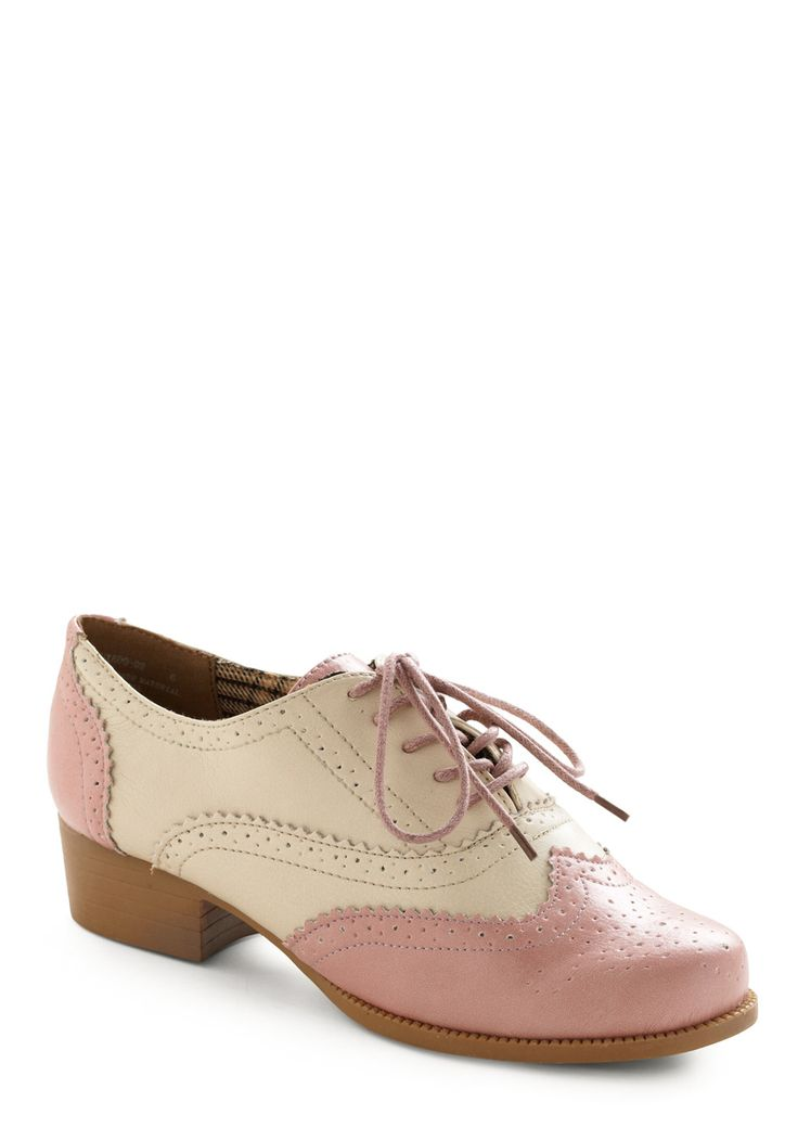 bubble gum glamour: Glamour Shoes, Lace Tights, Gum Glamour, Gum Shoes, Modcloth Shoes, Bubbles Gum, Oxfords Shoes, White Lace, Pink Shoes
