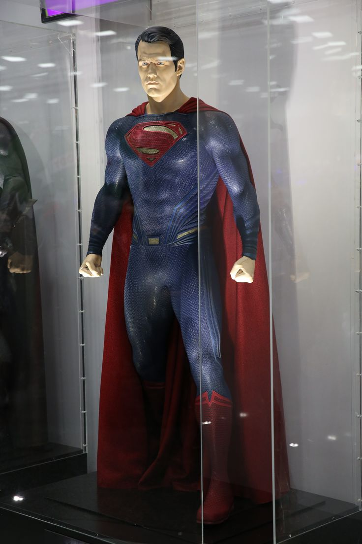 Superman mannequin in the Warner Bros. booth at Comic-Con 2015. #WBSDCC (©2015 WBEI. All rights reserved.)