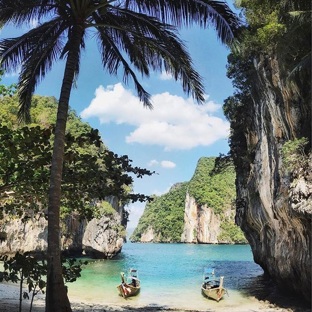 Tag who'd be on your boat! Paradise in Krabi, Thailand.  By @leniva 🌟 .