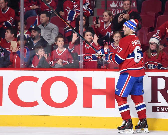 Nov.7 2015 - Bruins 2 - Mtl 4 - Max Pacioretty #67 of the Montreal Canadiens skates during warm ups wearing a Winter Classic hat before the NHL game against the Boston Bruins at the Bell Centre on November 7, 2015 in Montreal, Quebec, Canada. (Photo by Francois Lacasse/NHLI via Getty Images)
