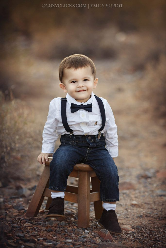 Toddler photography in Scottsdale outdoors. Cute one year old in a tie!