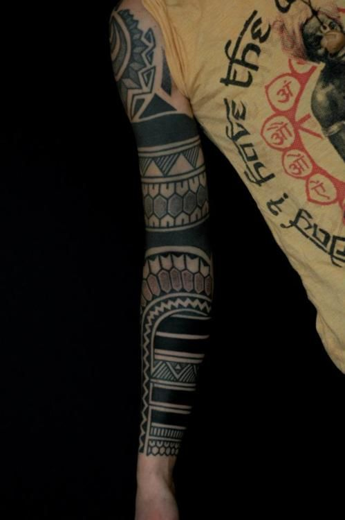 Blackwork: Tattoo Ideas, Black Work Tattoo, Solid Black Tattoo, Blackwork Tattoo, Blackwork Wonder, Drugs Tattoo, Tattoo Landshut, Travel Tattoo, Blackwork Tatoo