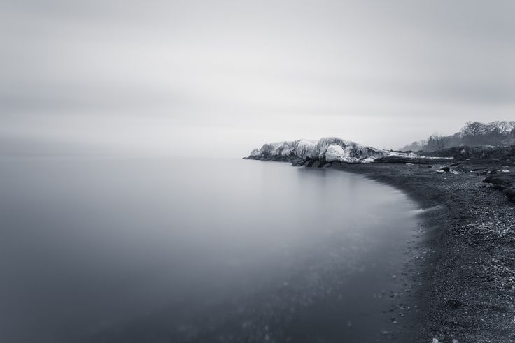 https://flic.kr/p/EhMzhp | Receding Curves | The receding ice and snow at The Beaches from last winter when we had winter.   I thought I'll post again and go on Flickr a bit more before my 'March Madness' begins and I'm not talking about the NCAA one haha  Have a good Sunday!
