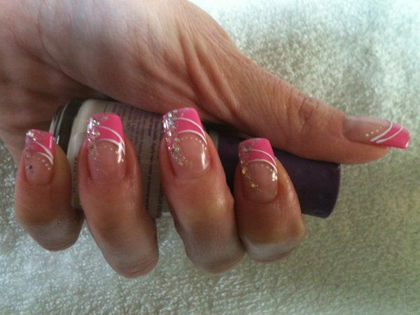 photo-nail-art-déco-ongles-rose-6.jpg (600×450)