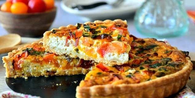 Ντοματόπιτα με τυρί φέτα