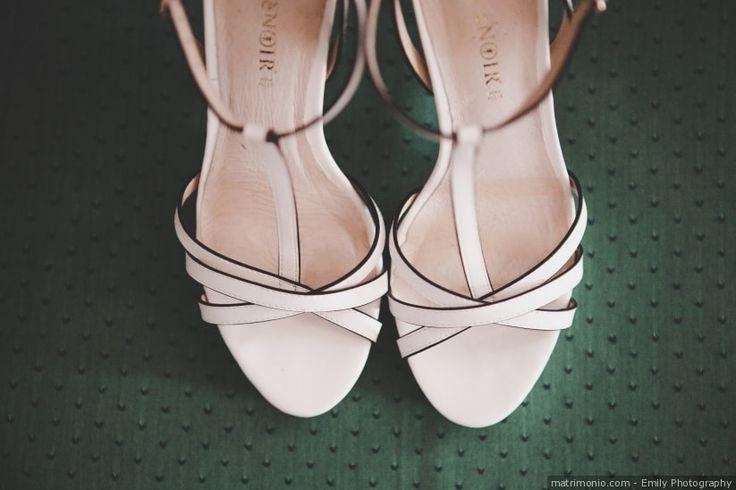 Quante scarpe da sposa avete provato prima di scegliere quelle giuste? In quest'articolo troverete alcuni suggerimenti per poterle indossare non soltanto il giorno delle nozze!