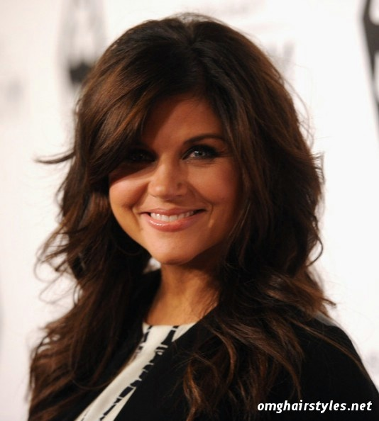 Tiffani Thiessen: hair cut - bangs