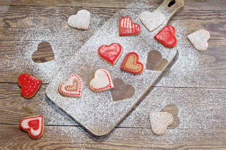 Malinowe ciasteczka walentynkowe #smacznastrona #poradytesco #walentynki #przepisywalentynkowe #ciasteczka #serduszka #maliny #pycha