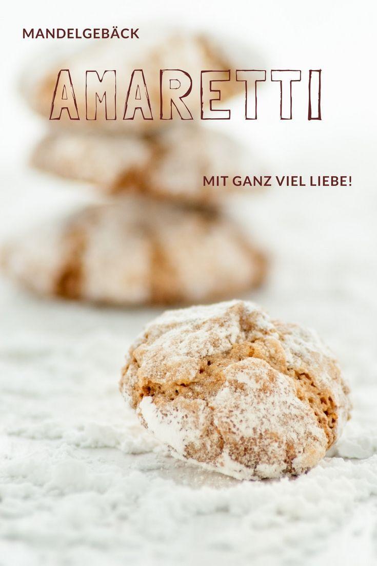 Cookie Rezept: Amaretti Rezept von herzelieb - diese Plätzchen schmecken nicht nur zu Weihnachten. Kekse zum Verlieben mit Mandeln. #kekse #cookies