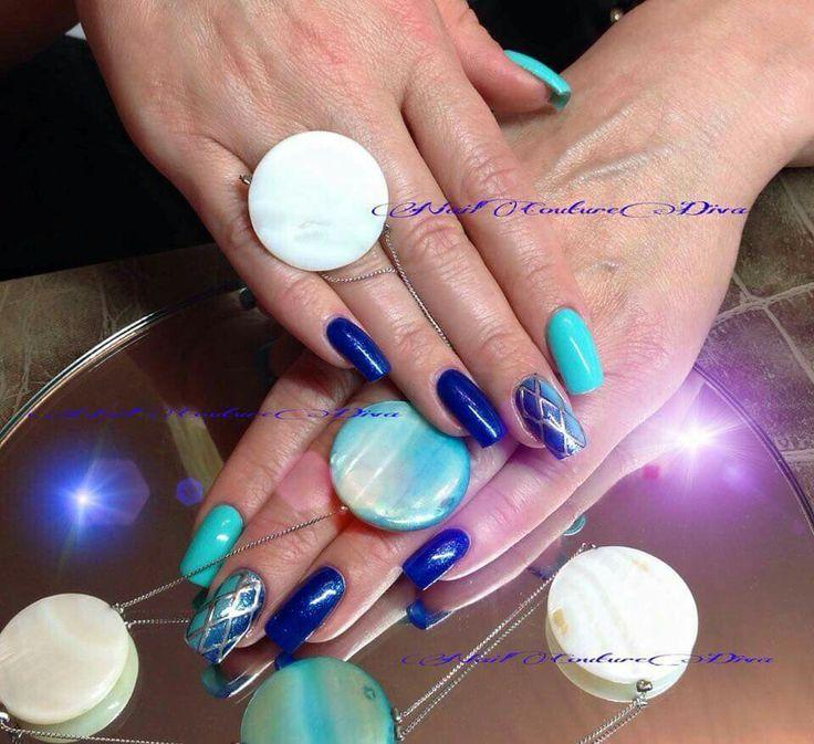 Blu tiffany shade e reticolato argento