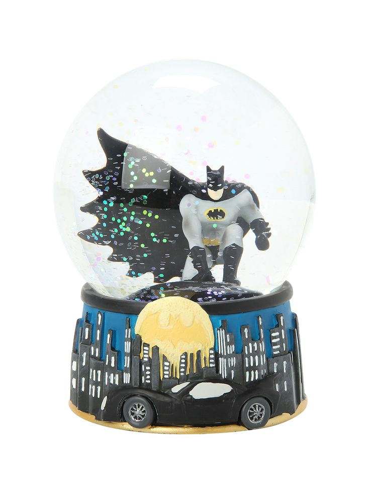 Dc comics batman at night water globe water globesbatman dc comicshot topicnightpop cultureroom decorfigurinesuperheronerdy