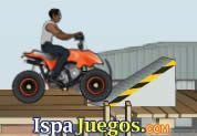 Juego de Urban ATV Racing | JUEGOS GRATIS: En la ciudad han colocado varias rampas donde podrás hacer maniobras con tu moto de 4 llantas, ten cuidado en caer para no volcar y salir de la moto, has varios puntos y dejar claro quien es el mejor