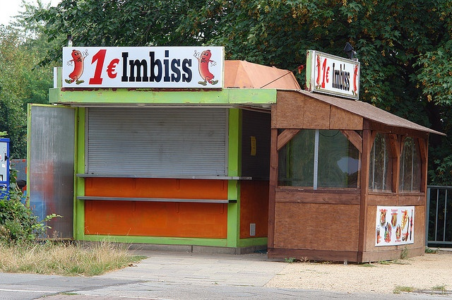 1 € Imbiss by Pete Shacky, via Flickr