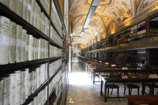 Conspiracy Feeds: Οι μυστηριώδεις βιβλιοθήκες   - και τα υπόγεια... ...