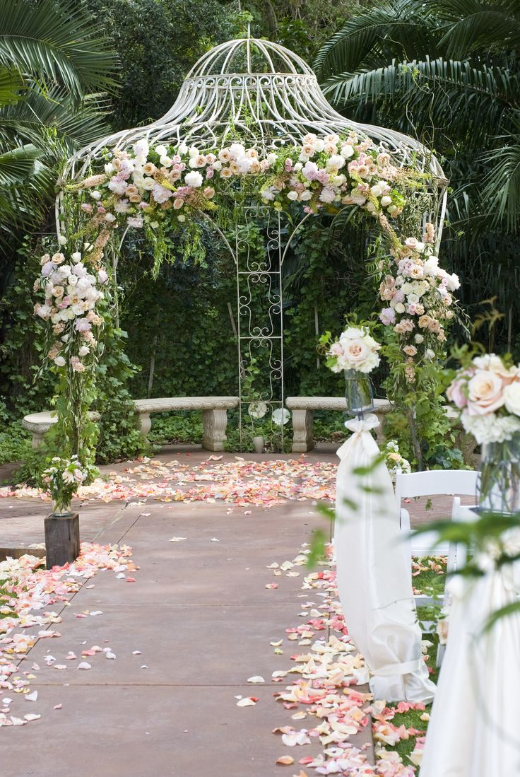 outdoor weddings near akron ohio%0A Ceremony decor at Grand Island Mansion in Walnut Grove  Ca  www flourishdesigns com
