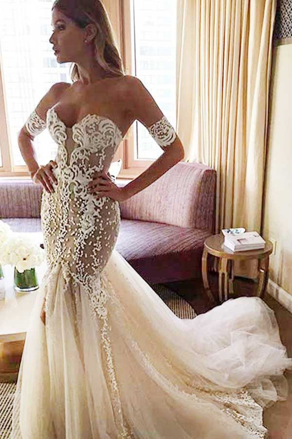 Sweetheart Watteau Train Mermaid Wedding Dress With White Lace