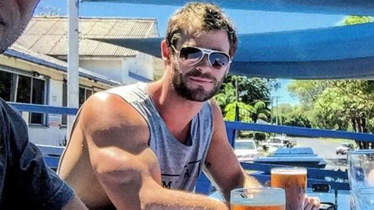 Luke Hemsworth shared a random Instagram pic of his brother Chris and his huge bicep, and we couldn't be more thankful.
