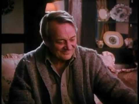"♥ ""A Child's Christmas in Wales"" - a perfect, magical short film adaptation of the wonderful, touching Dylan Thomas work (54:35) ... with Denholm Elliott and the usual great UK character actor cast."