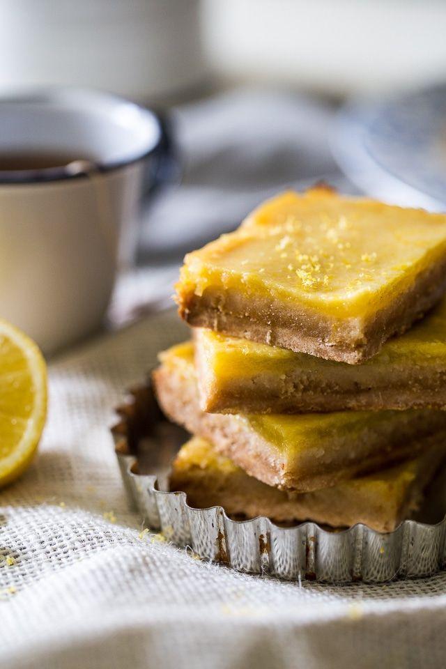 Paleo Lemon Bars via @FoodFaithFit