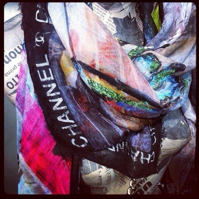 SIBERIAN SOUP FULLART Collection #foulard by #Ludmillradchenko #shoponline www.ludmillapopart.it @siberiansoup_fullart #accessories #arttowear #collection #popart #art #design #fashion #siberiansoupfullart #print #fashiondesigner #trends