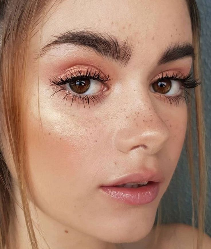 Pretty Natural Makeup Tips