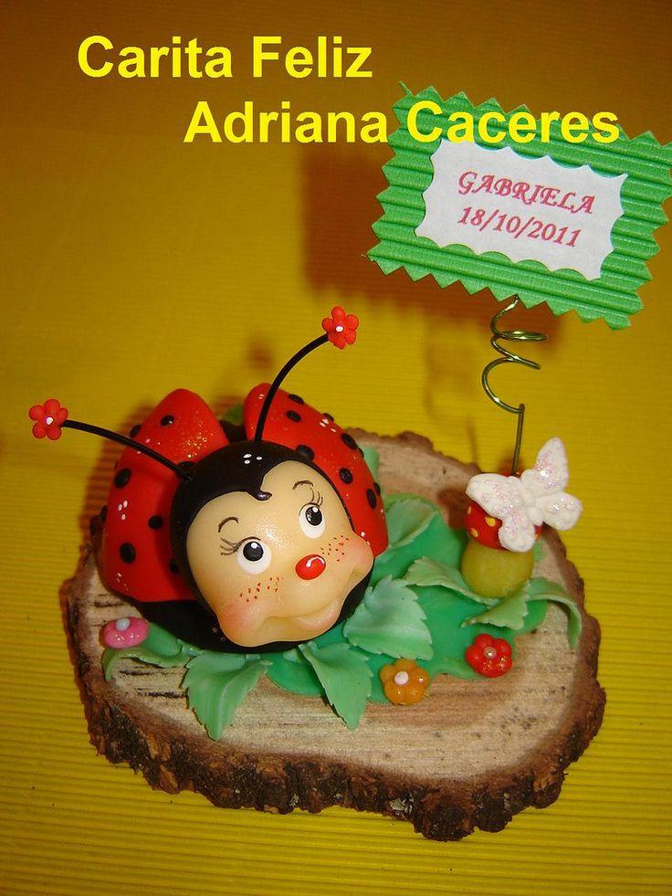 https://flic.kr/p/ayjK3C | SOUVENIR VAQUITA DE SAN ANTONIO | Vemos detalles de honguito para sostener la tarjetita con nombre y fecha del cumple, hojas, una mariposa y flores.