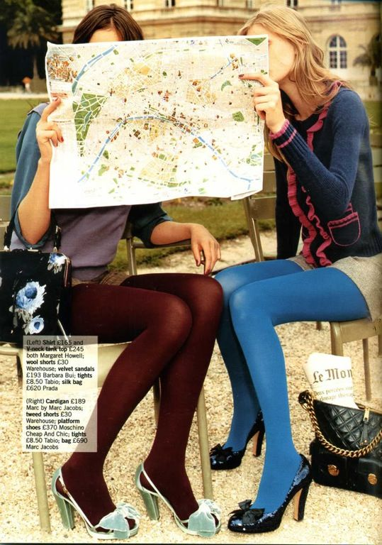 best friends traveling in style: Friends Card, Mint Green Shoes, Travel Travel, Travel Tips, Color Tights, High Heels, Roads Trips, Photo Idea, Roadtrip