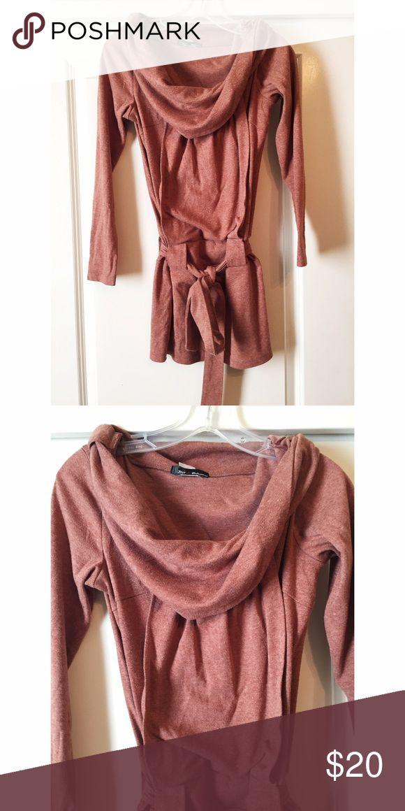 ✨ burnt maroon sweater with belt✨ ✨ burnt maroon sweater with belt✨ Sweaters Crew & Scoop Necks