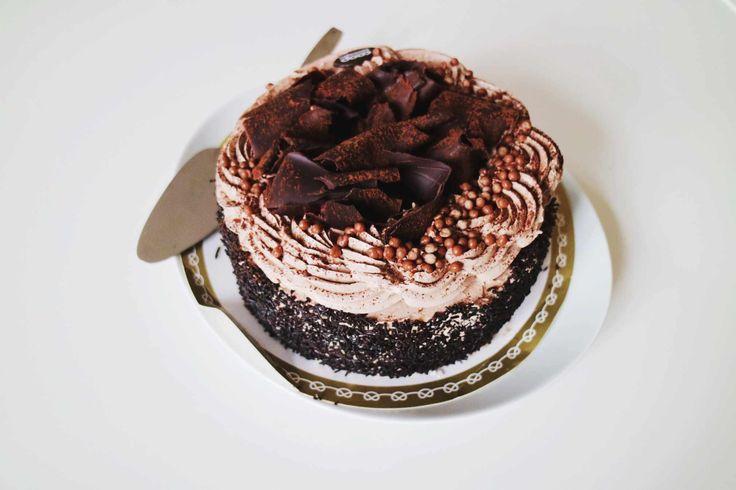 En tårta gjord av Blondin bella eller snarare Isabell.