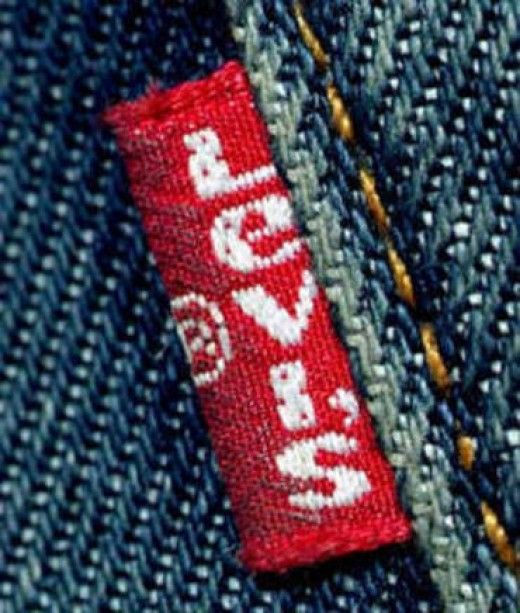 """""""Which Levi's should I buy?"""" is a common question amongst men and women both. Men, make sure you read this comprehensive buying guide for Levi's jeans before you buy your next pair because it has been made keeping in mind your body type, attitude, style and first impressions. Who better to tell you guys what pair of jeans will look good on you than a woman? We know how hard it is to find the right pair of jeans and that's why here's a look at some of the best Levi's jeans."""