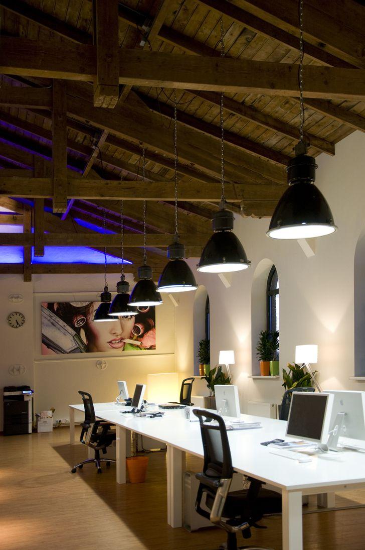 25 beste idee n over pakhuis kantoor op pinterest for Kantoor interieur ideeen