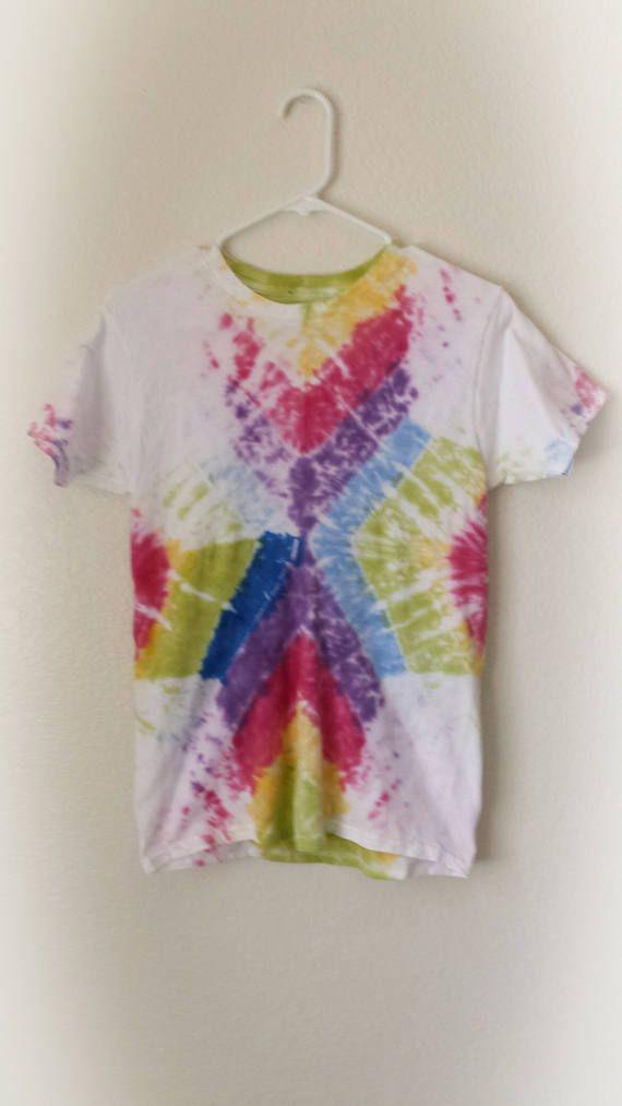 Large Rainbow Chameleon Pattern Kids Tie Dye T-Shirt