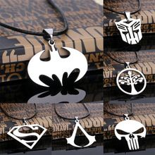 Hot sales! Mode cospaly sieraden assassins creed superman batman ketting rvs hanger ketting voor mannen(China (Mainland))