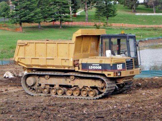 CATERPILLAR-LD1000B. Dump-Truck.