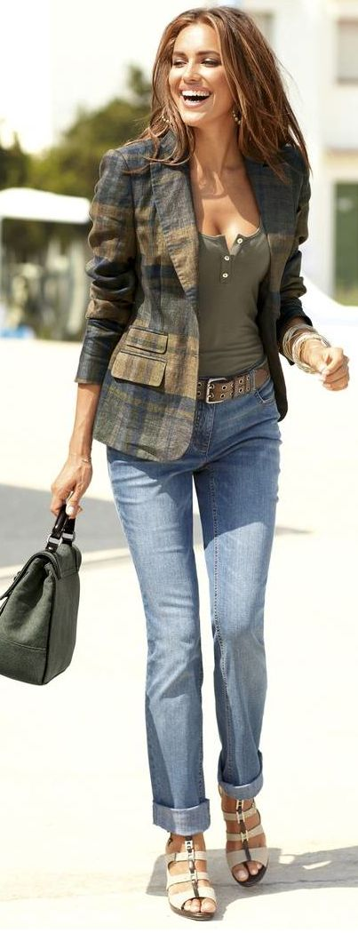 Darken the jeans and toss out those shoes...then I love this outfit! Great plaid blazer, tanktop and jean combination for fall. Love olive green with navy.