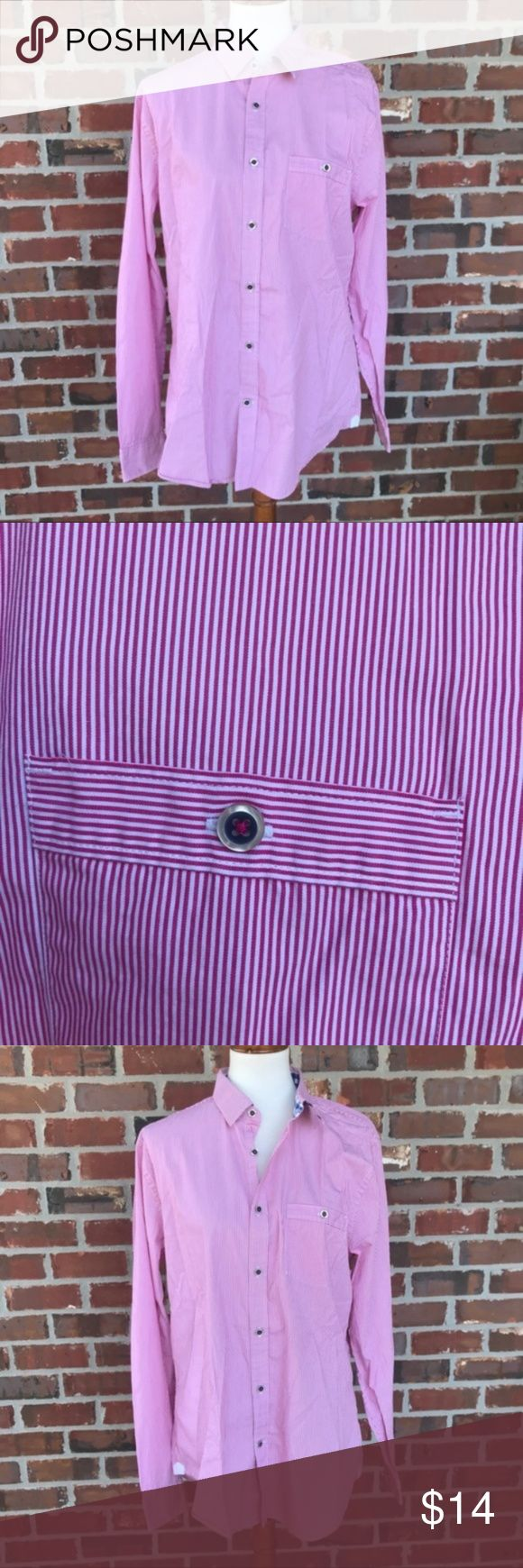 """Slim Fit Vertical Stripe Cotton Dress Shirt Sharp, sleek, timeless - this is a dress shirt for all occasions. Wear it to weddings with a two-piece suit, to the office with dress pants or out to dinner with chinos. Pure cotton comfort ensures breathability from morning till night. - Hot Pink Stripes - Perfect condition - Chest 42-44.5"""" Sleeve 34-35.5"""" Neck 16-16.5"""" Express Shirts Dress Shirts"""
