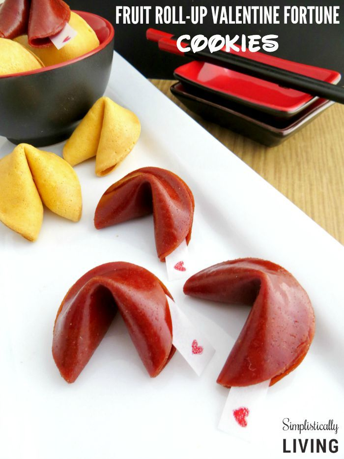 Fruit Roll-Up Valentine Fortune Cookies + Free Fortune Printables!