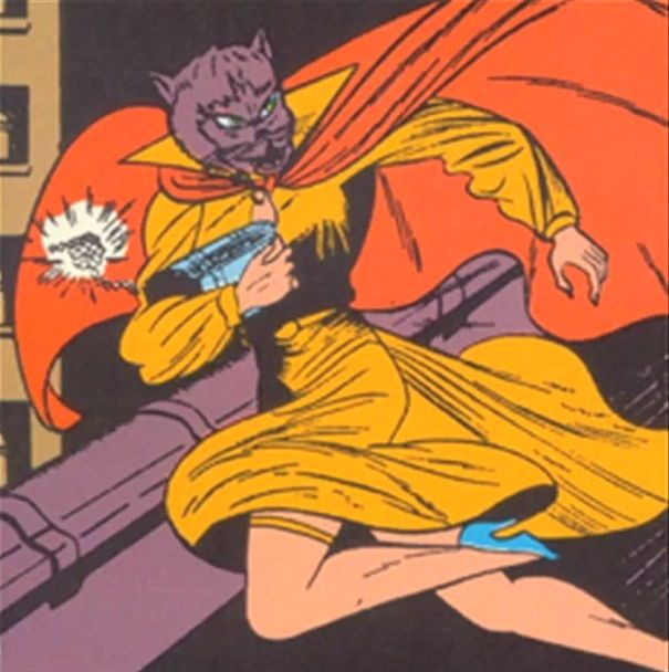 From 1940–1942, Catwoman's costume included a realistic cat mask.