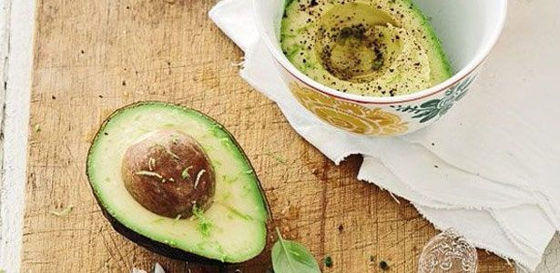 The best basic guacamole | Recipe | Guacamole recipe ...