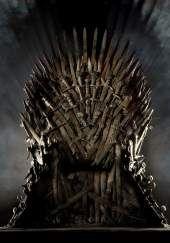 #GameOfThrones (titulada #JuegoDeTronos en España) aquí en el siguiente enlace puedes ver en ingles, español y doblaje latino las tres temporadas: http://www.seriesyonkis.com/serie/juego-de-tronos-2011