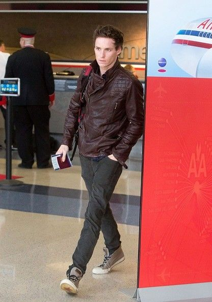 Eddie Redmane at LAX  How can he look amazing like every time