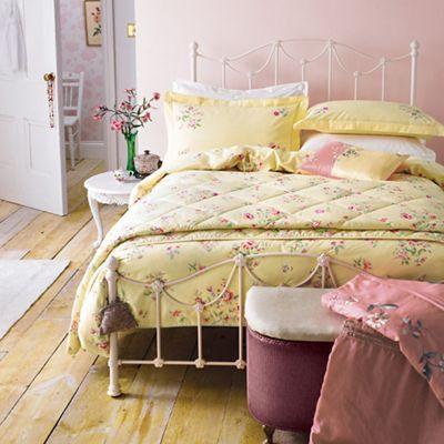 V & A Light yellow cotton 'Springtime Posey' bedding set | Debenhams