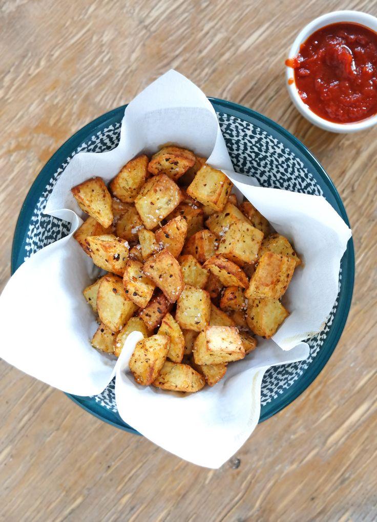 Einfach und lecker, doch der Teufel steckt wie immer im Detail: Wie euch gute Backofenkartoffeln praktisch immer gelingen.