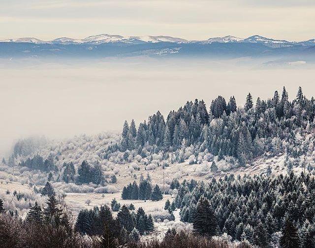 'A Random stop. In The middle of Transylvania  Beautiful Transylvania Isnt it?'  : @ferenczandras  Travel  Explore  Experience   @transylvaniablog   @ig_transylvania   @humansoftransylvania   @promovezromania   @ig_romania #DestinationCovasna #ig_romania #promovezromania #romaniapitoreasca #transylvania #ig_transylvania #szeklerland #ig_europe #mountains #snow #vacation #explore #travel #discover #nature #passionpassport #bbctravel #visualsoflife #instagood