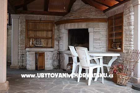 Apartmány Chorvatsko ::: Istrie :: Umag : Apartmants Muzic. www.UvCH.cz