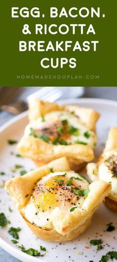 Egg, Bacon, & Ricotta Breakfast Cups! Savory egg cups made with flakey puff pastry, crunchy bacon, and a dollop of ricotta cheese then seasoned with pepper and garlic salt. #ad @krogerco   HomemadeHooplah.com
