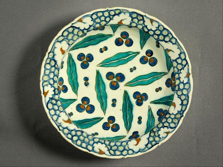 Category:İznik ceramics - Wikimedia Commons