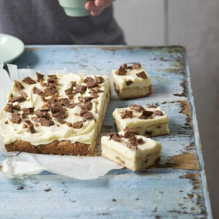 Daim And White Chocolate Traybake. This recipe is super-sweet and sickly! For the full recipe and more, click the image or visit Redonline.co.uk